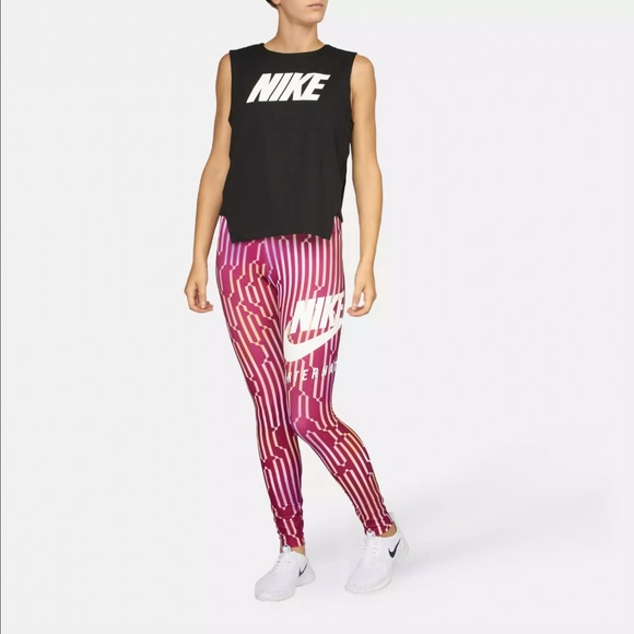 bebb9bd04a209 NWOT Nike International Leggings Sz S. M_5ab44cf385e6057ae7baaf1c